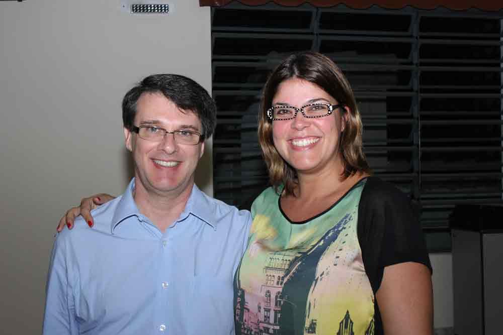 Você está vendo imagens do artigo: Fotos da palestra de Paula Guimarães - Abr/12